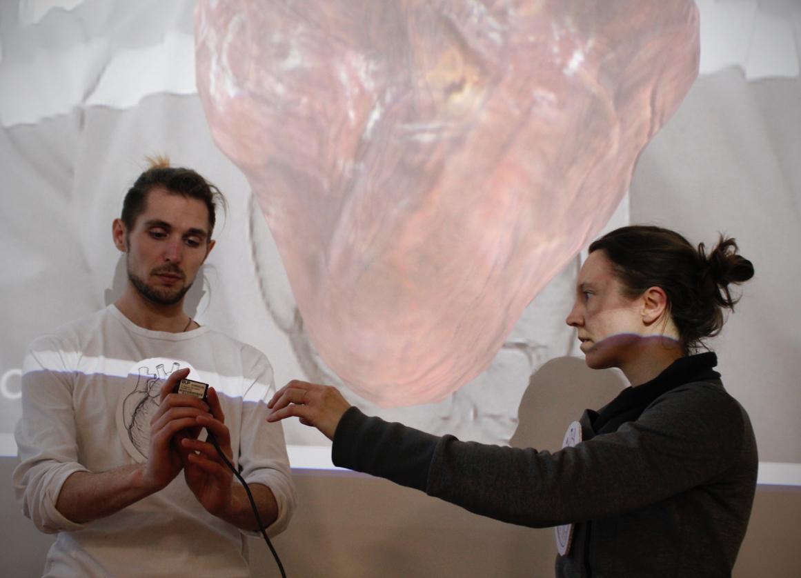 Noah and Tanja and a virtual heart